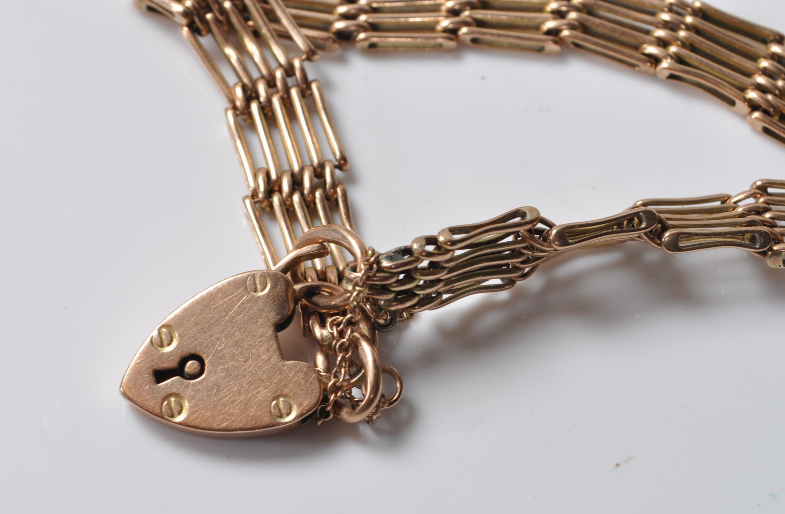 9CT GOLD GATELINK BRACELET - Image 5 of 5