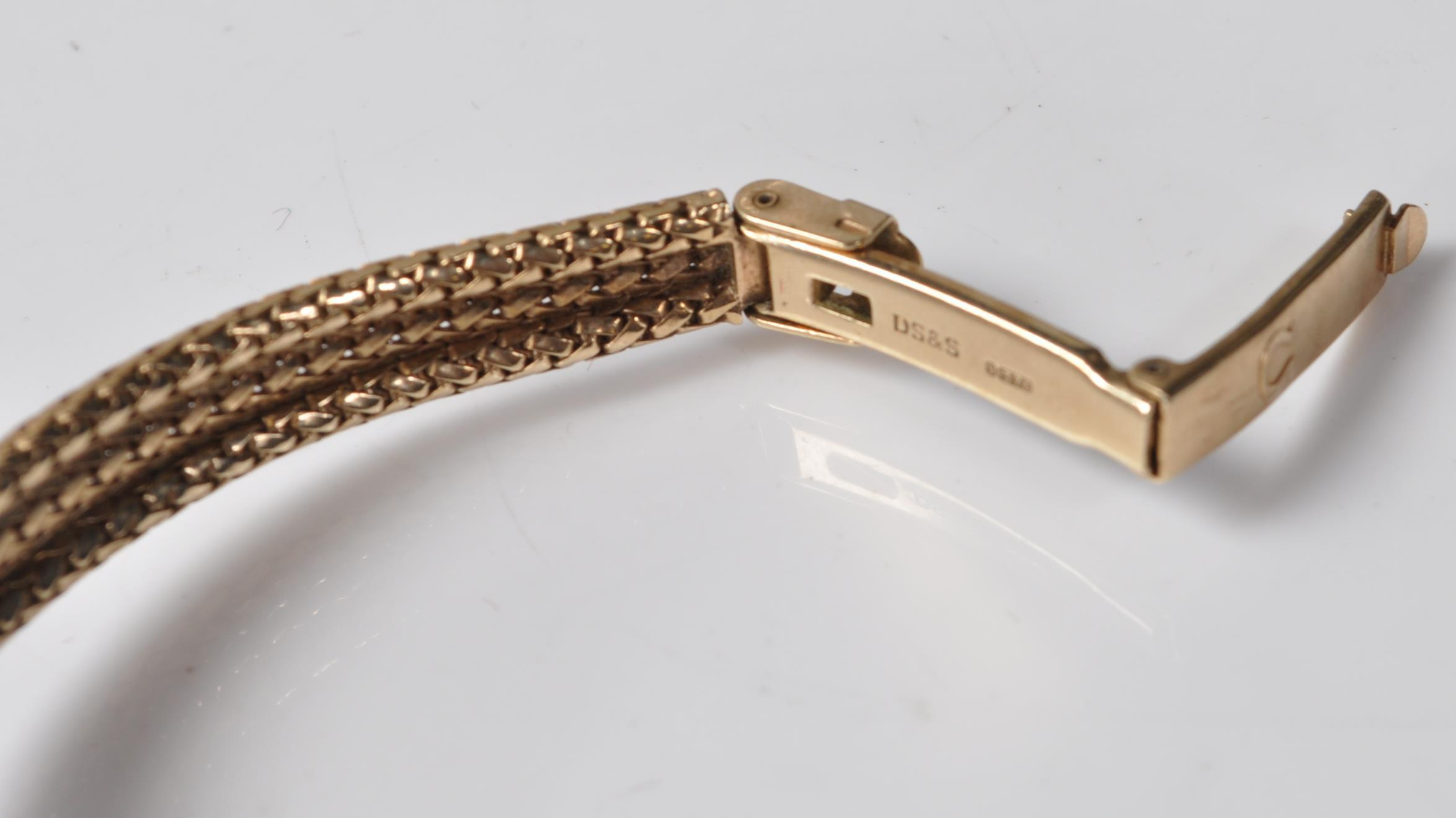 9CT GOLD OMEGA LADIES WATCH - Image 9 of 15
