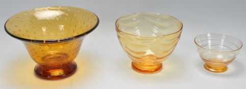 WHITEFRIARS - TOM HILL - A COLLECTION OF THREE RETRO VINTAGE STUDIO ART GLASS BOWLS