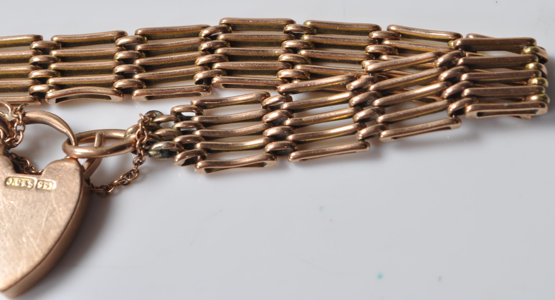 9CT GOLD GATELINK BRACELET - Image 3 of 5