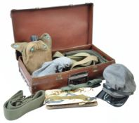COLLECTION OF ASSORTED MILITARY ITEMS - WW2 INTEREST