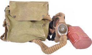 WWII SECOND WORLD WAR ROYAL NAVY GAS MASK - REAR ADMIRAL BRIND