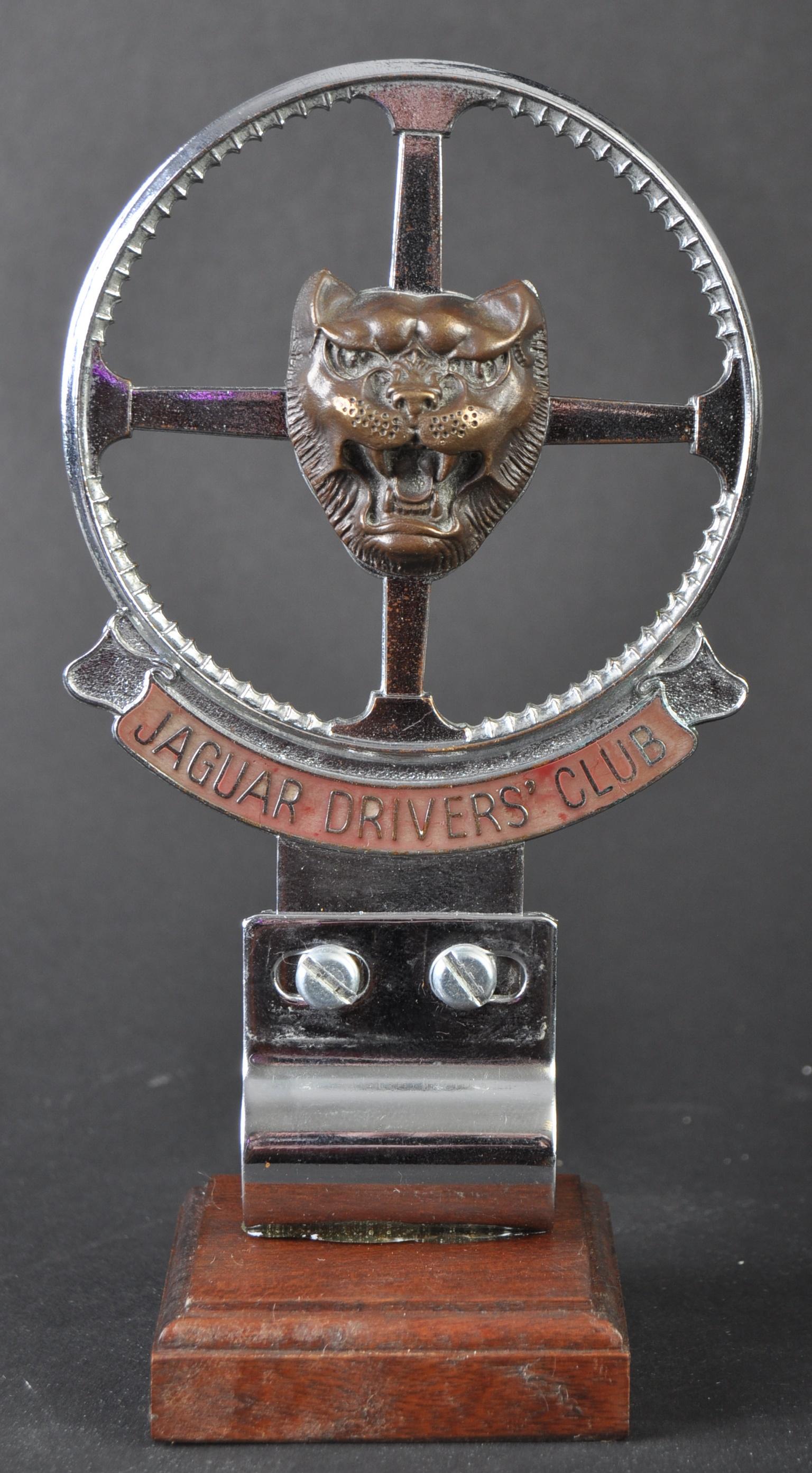 JAGUAR - EARLY JAGUAR DRIVER'S CLUB ENAMEL CAR BADGE