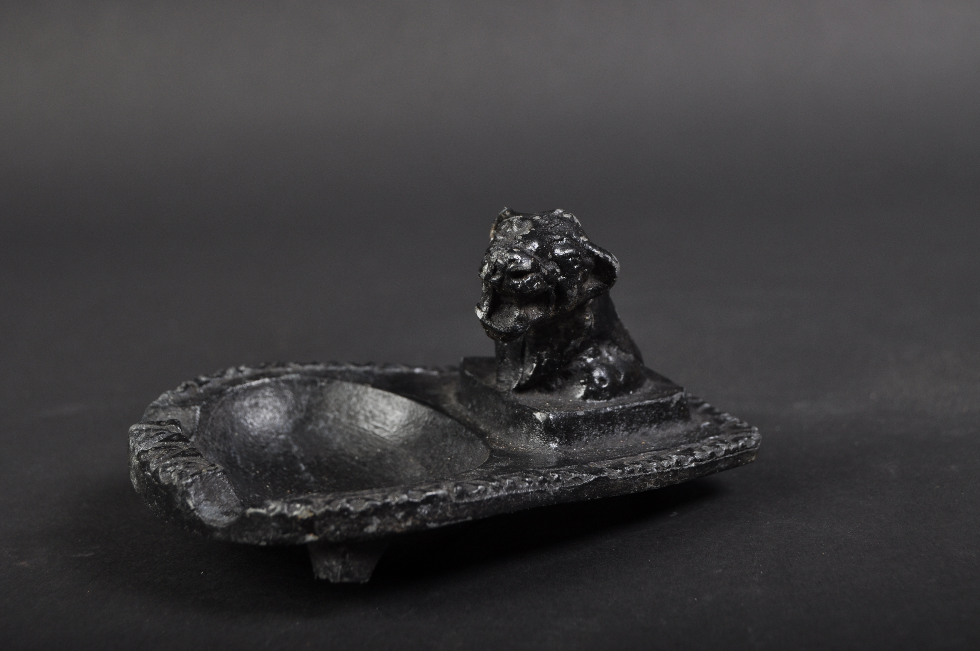 JAGUAR - EARLY 20TH CENTURY CAST IRON ASHTRAY
