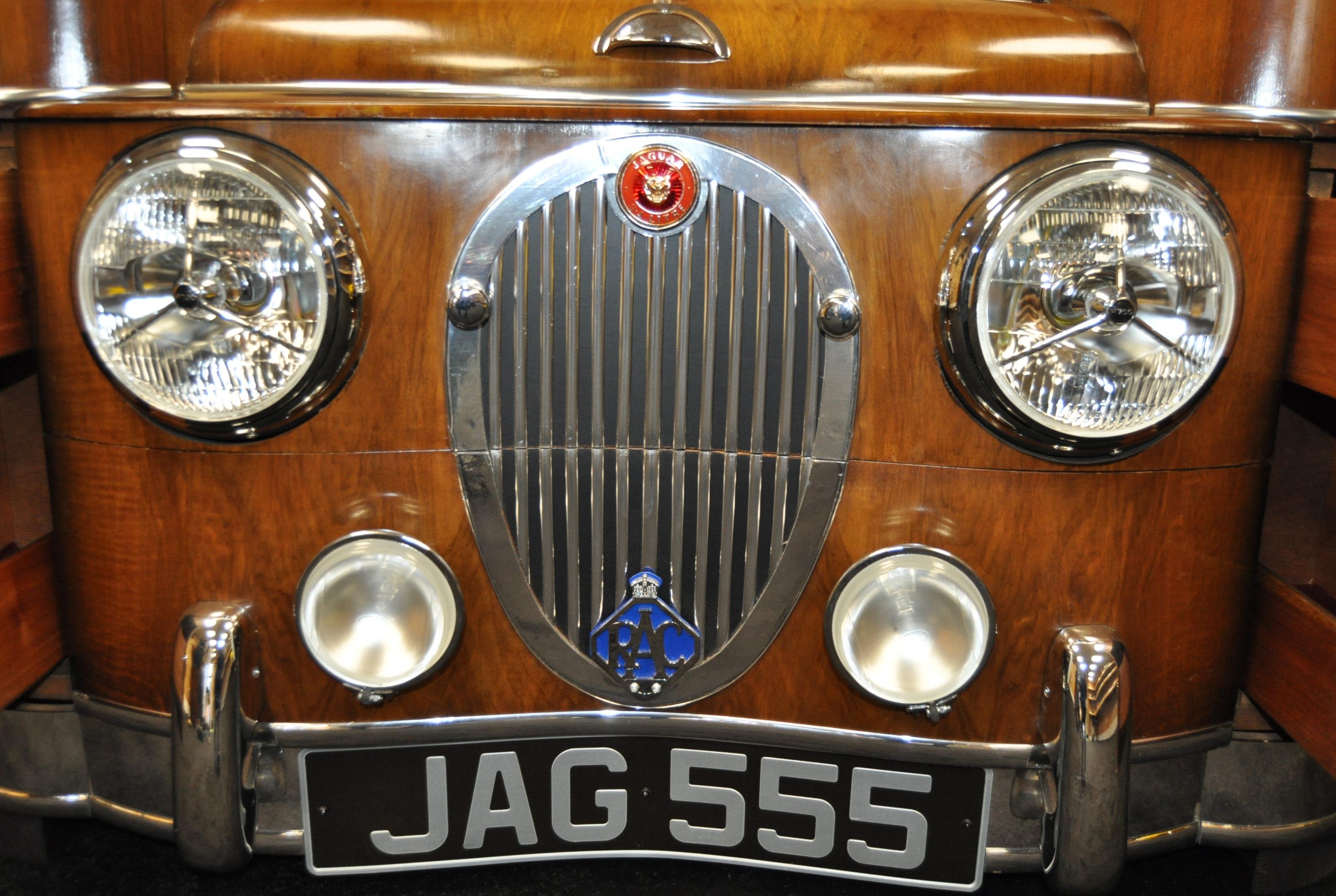 JAGUAR - INCREDIBLE 1940S SIDEBOARD STYLE OF JAGUAR MK 2 - Image 6 of 8