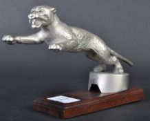 ORIGINAL 1930S DESMO LEAPING CAT CAR RADIATOR MASCOT