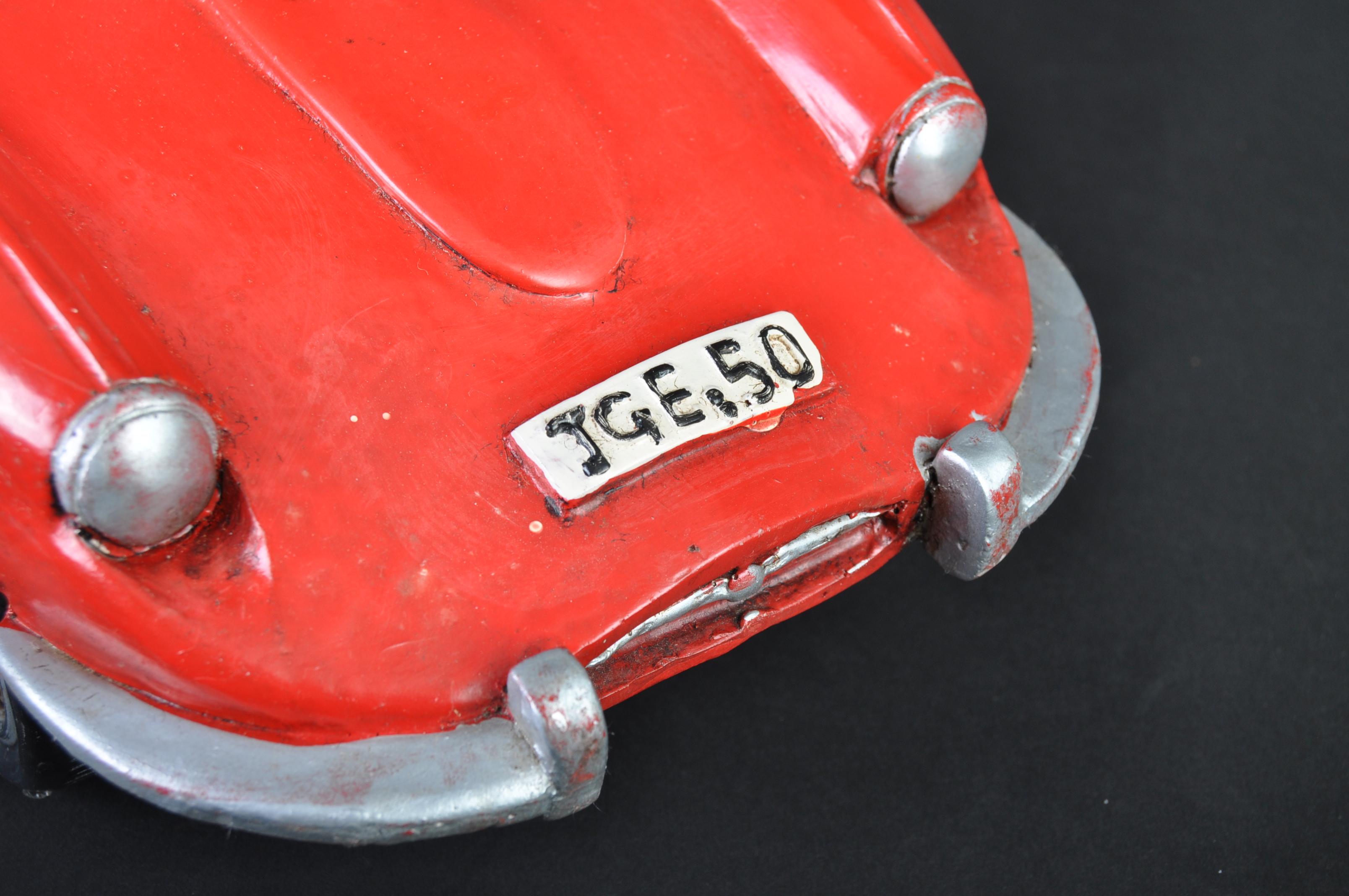 JAGUAR - 20TH CENTURY LARGE RESIN MODEL E TYPE JAGUAR - Image 5 of 6