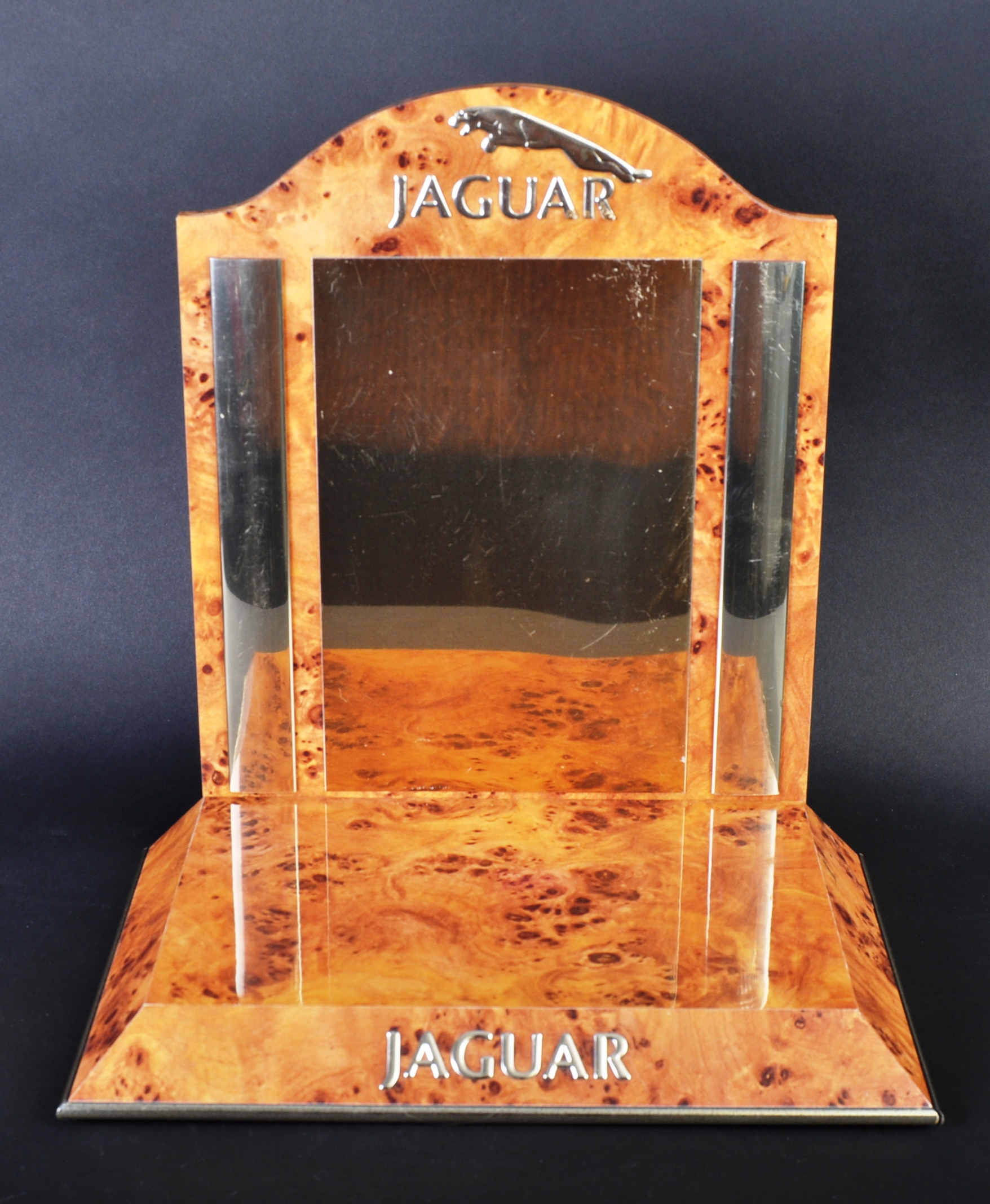 JAGUAR - ORIGINAL VINTAGE PERFUME / AFTERSHAVE SHOW DISPLAY - Image 2 of 6