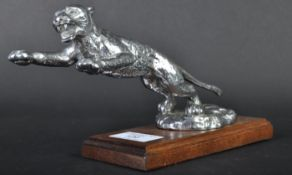 DESMO CAR MASCOT - 1930S ORIGINAL LEAPER / LEAPING CAT