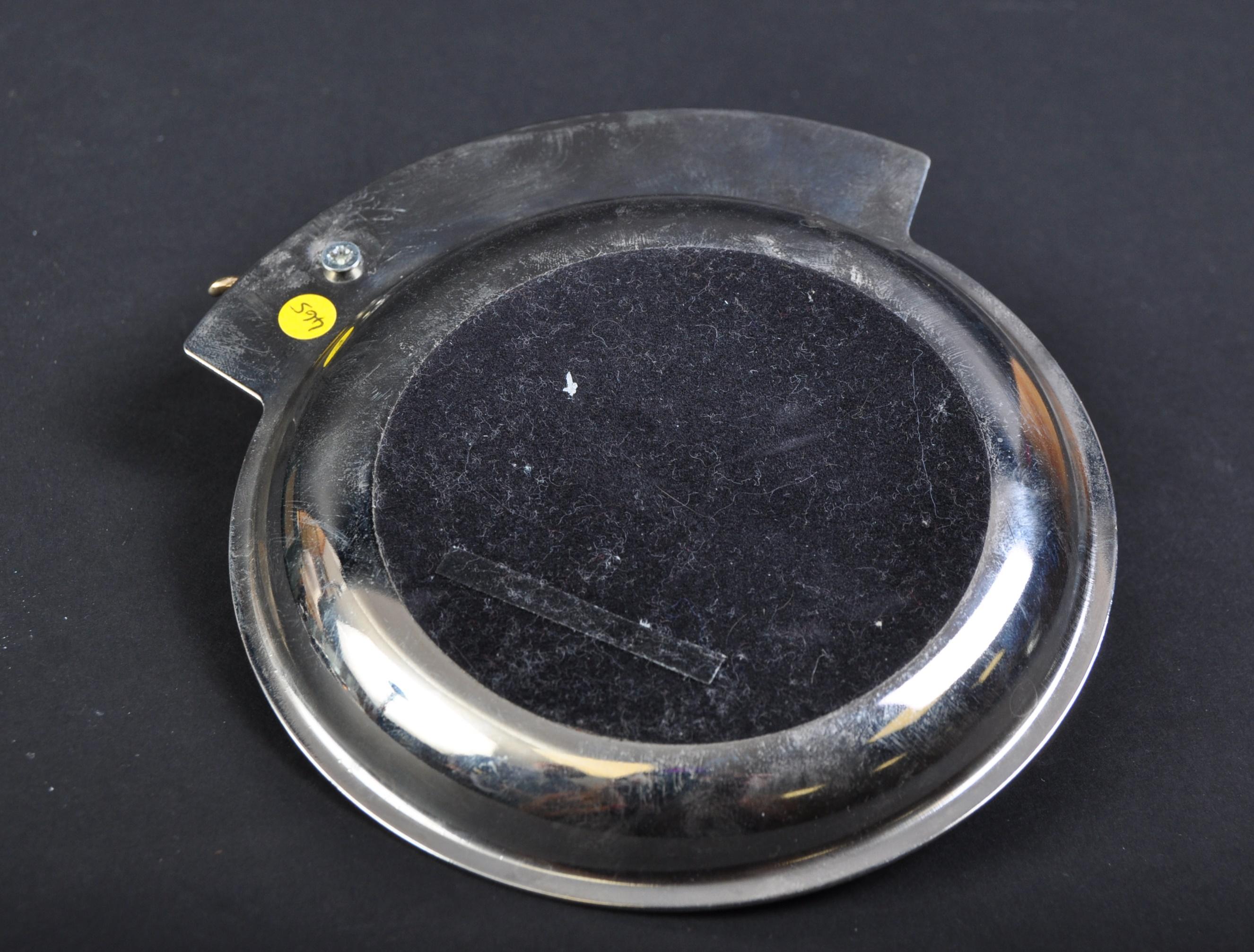 JAGUAR - 20TH CENTURY LEAPER MASCOT TOPPED ASHTRAY - Image 3 of 3
