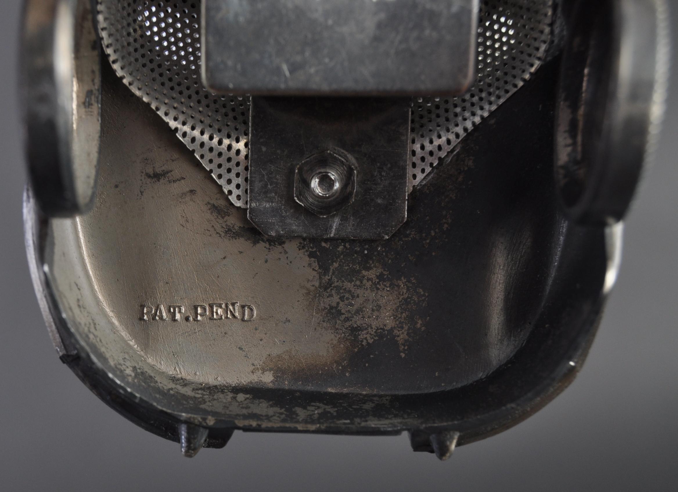 JAGUAR - VINTAGE PEWTER E-TYPE CIGARETTE LIGHTER - Image 7 of 8