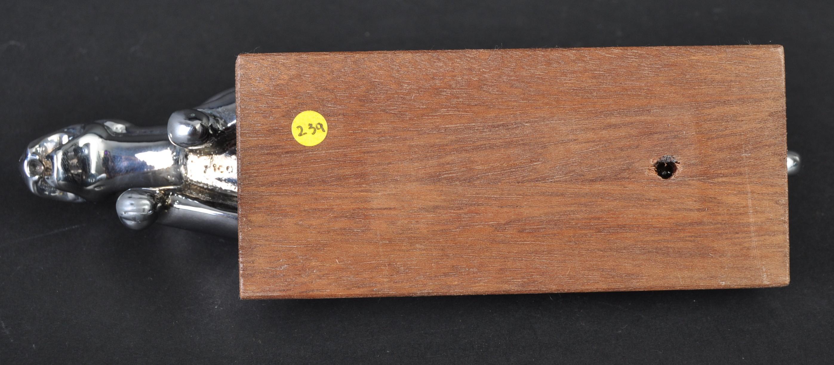 JAGUAR MASCOT - EARLY TYPE 2 MASCOT ON PLINTH BASE - Image 5 of 5