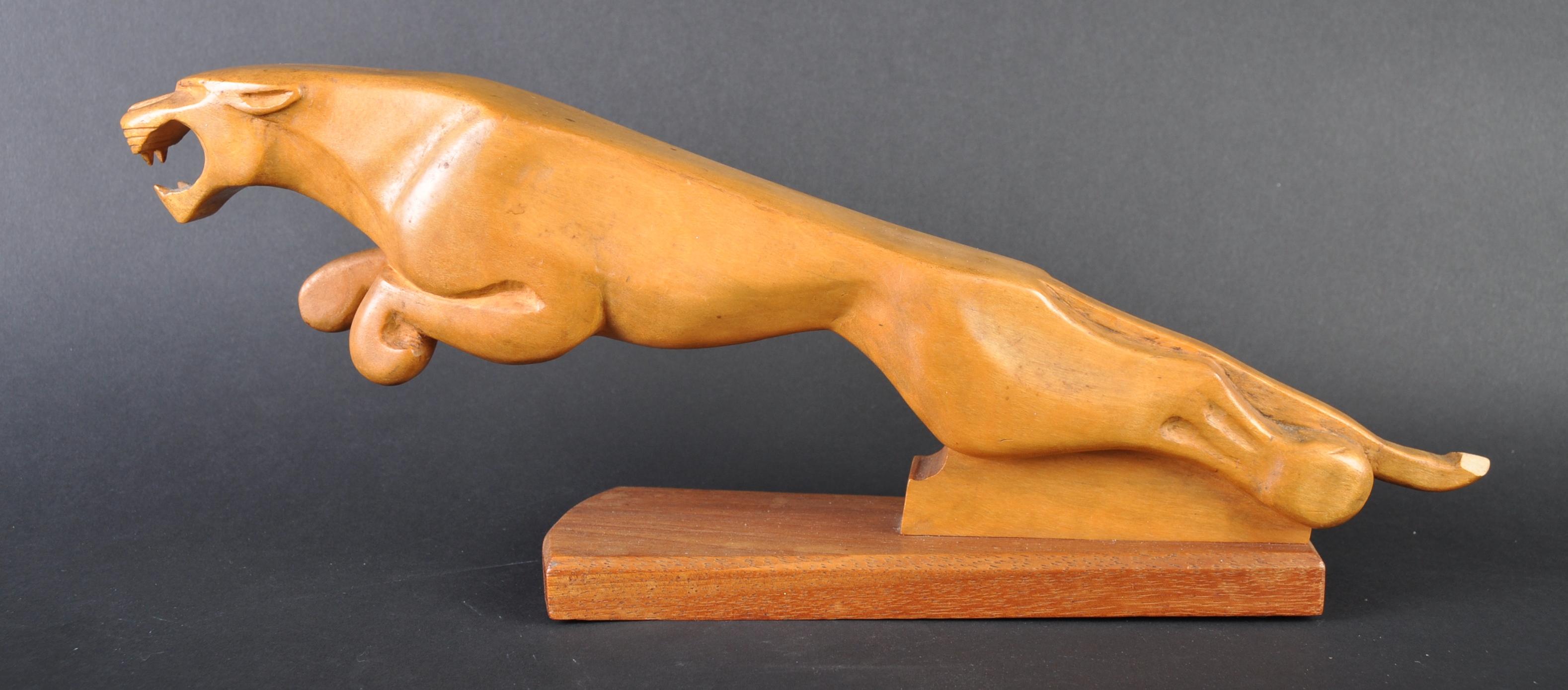 JAGUAR - LARGE CARVED JAGUAR WOODEN LEAPER MASCOT - Image 3 of 4