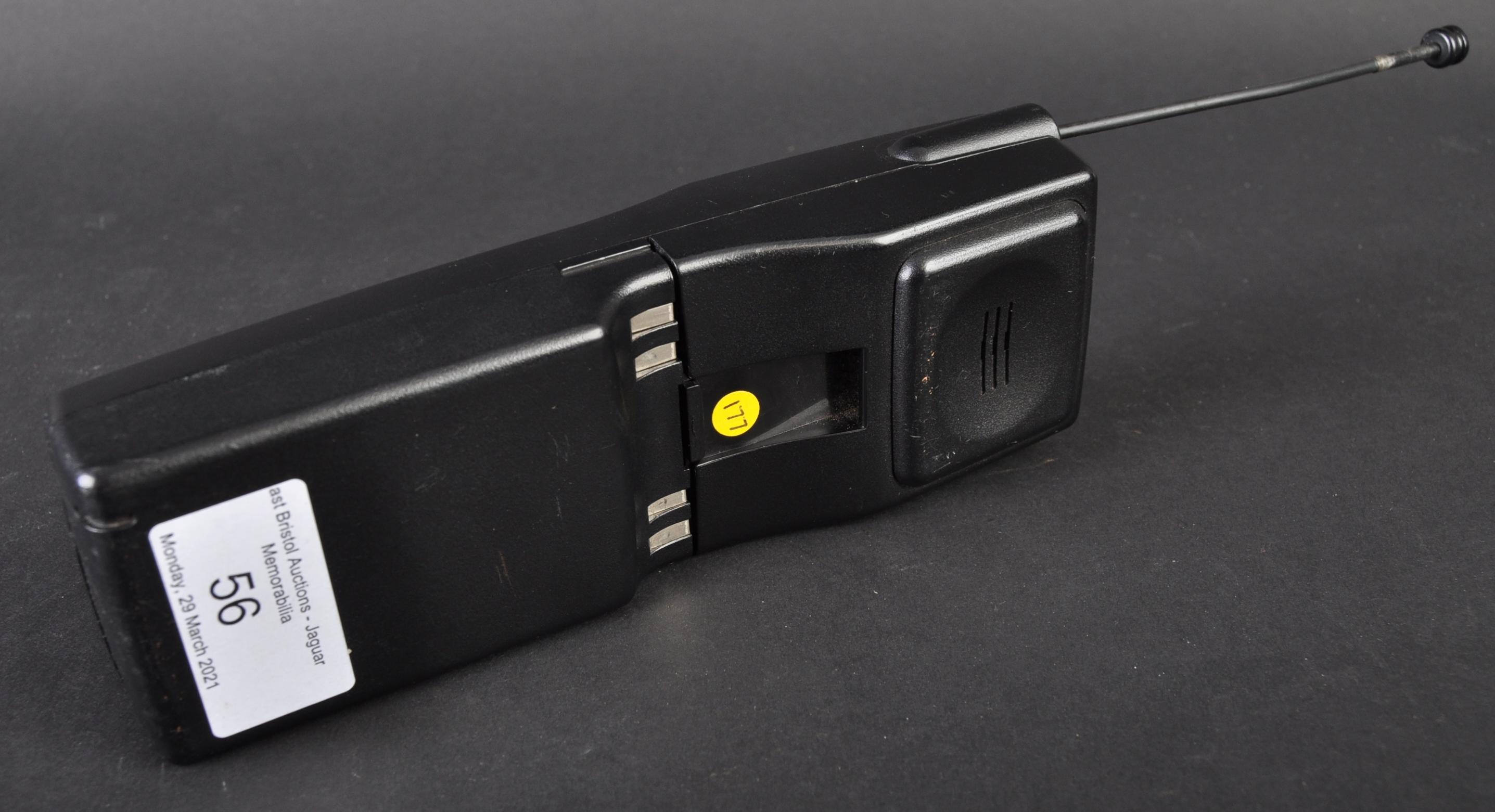 JAGUAR - ORIGINAL 1990S PANASONIC JAGUAR CAR PHONE - Image 3 of 5