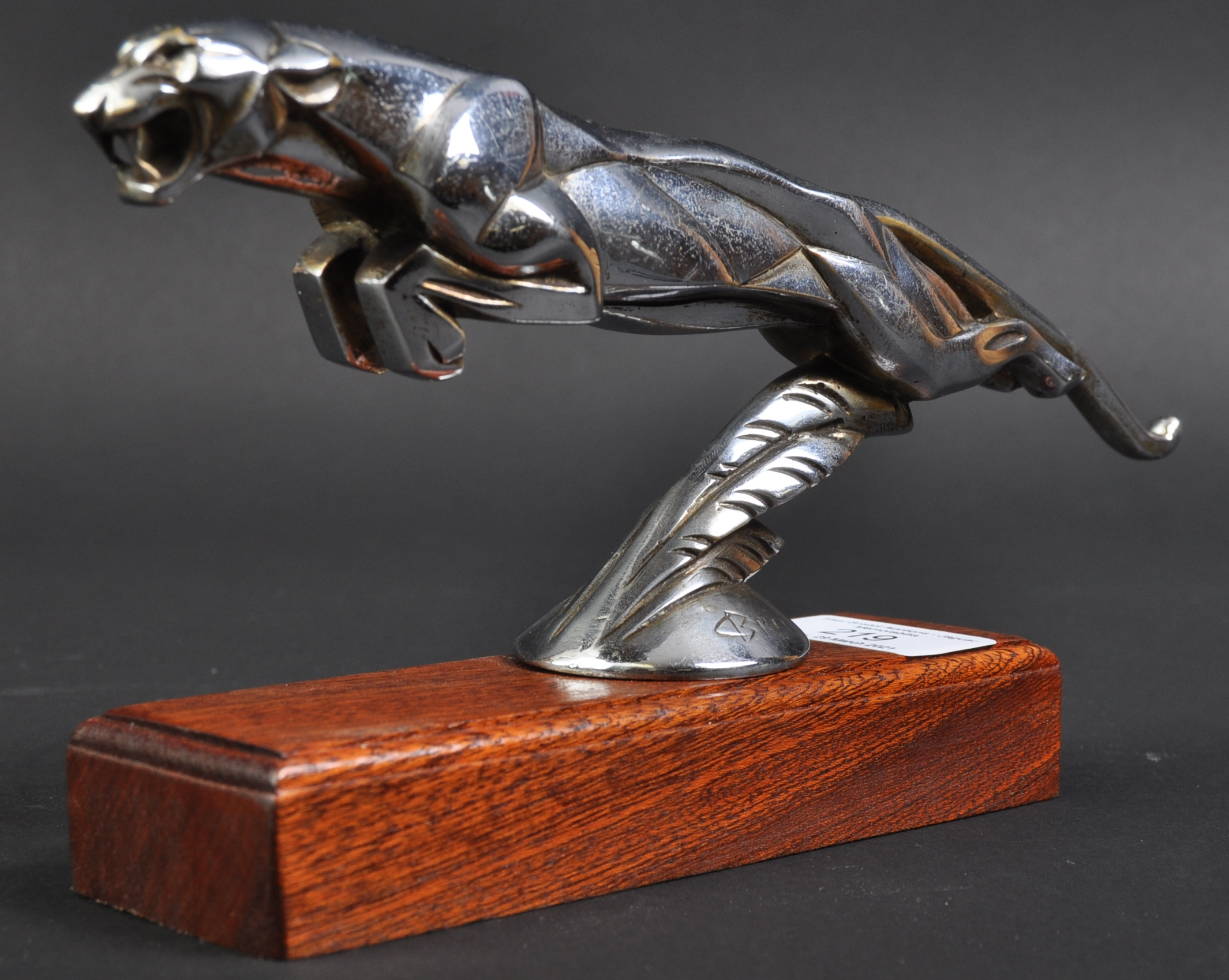 C1920S ' LEAPING JAGUAR ' CAR MASCOT BY CASIMIR BRAU
