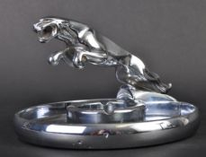 JAGUAR - VINTAGE 1960S MAIN DEALERSHIP MASCOT ASHTRAY