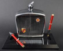 JAGUAR - VINTAGE 1960S ROYAL LONDON DESKTOP PEN SET