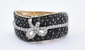 HALLMARKED 9CT BLACK AND WHITE DIAMOND RING