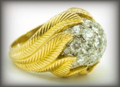 FRENCH VAN CLEEF & ARPELS 18CT GOLD & DIAMOND RING