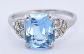 1920'S PLATINUM AQUAMARINE AND DIAMOND RING