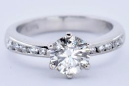 18CT WHITE & DIAMOND SOLITAIRE RING