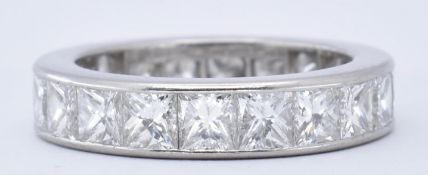 HALLMARKED PLATINUM & DIAMOND ETERNITY RING 5CT