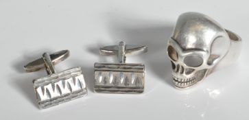 THOMAS SABO SILVER RING AND A PAIR OF 925 CUFFLINKS
