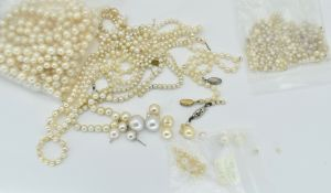MIXED BAG OF CULTURED PEARL JEWELLERY