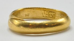 CHINESE HALLMARKED 22CT GOLD EXPANDING BAND RING