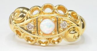 18CT GOLD OPAL AND DIAMOND GYPSY RING