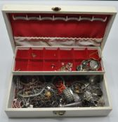 COLLECTION OF VINTAGE 20TH CENTURY COSTUME JEWELLERY BOX