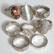 COLLECTION SILVER & WHITE METAL COIN / OTHER RINGS