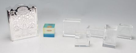 COLLECTION OF VINTAGE 20TH CENTURY ROYAL MINT AND OTHER PAPERWEIGHTS
