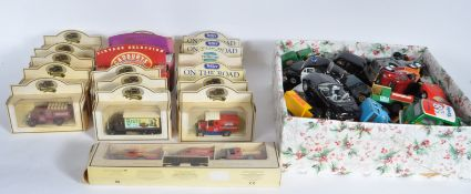 LARGE COLLECTION OF VINTAGE DIECAST CARS