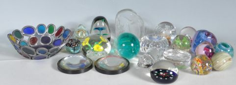 LARGE COLLECTION OF STUDIO ART GLASS PAPERWEIGHTS