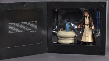 ESTATE OF DAVE PROWSE - SDCC EXCLUSIVE HASBRO BLACK SERIES FIGURE