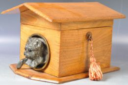 CHARMING ANTIQUE NOVELTY TEA CADDY IN THE FORM OF A DOG KENNEL