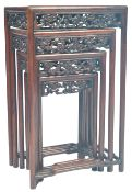 CHINESE ANTIQUE QING DYNASTY QUARTETTO NEST OF TABLES
