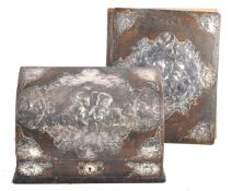 PAIR OF SILVER AND LEATHER DESK ITEMS BY WILLIAM COMYNS