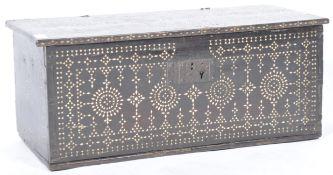 ANTIQUE 17TH CENTURY INDO-PORTUGUESE PEARL INLAID BOX