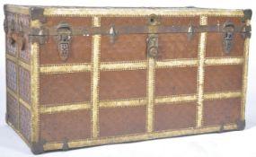 ANTIQUE 20TH CENTURY TRAVEL STEAMER TRUNK BELIEVED LOUIS VUITTON