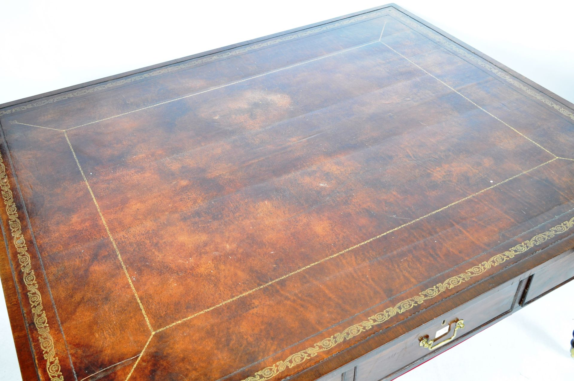ANTIQUE 19TH CENTURY GILLOWS MANNER PARTNERS DESK LIBRARY TABLE - Image 4 of 9