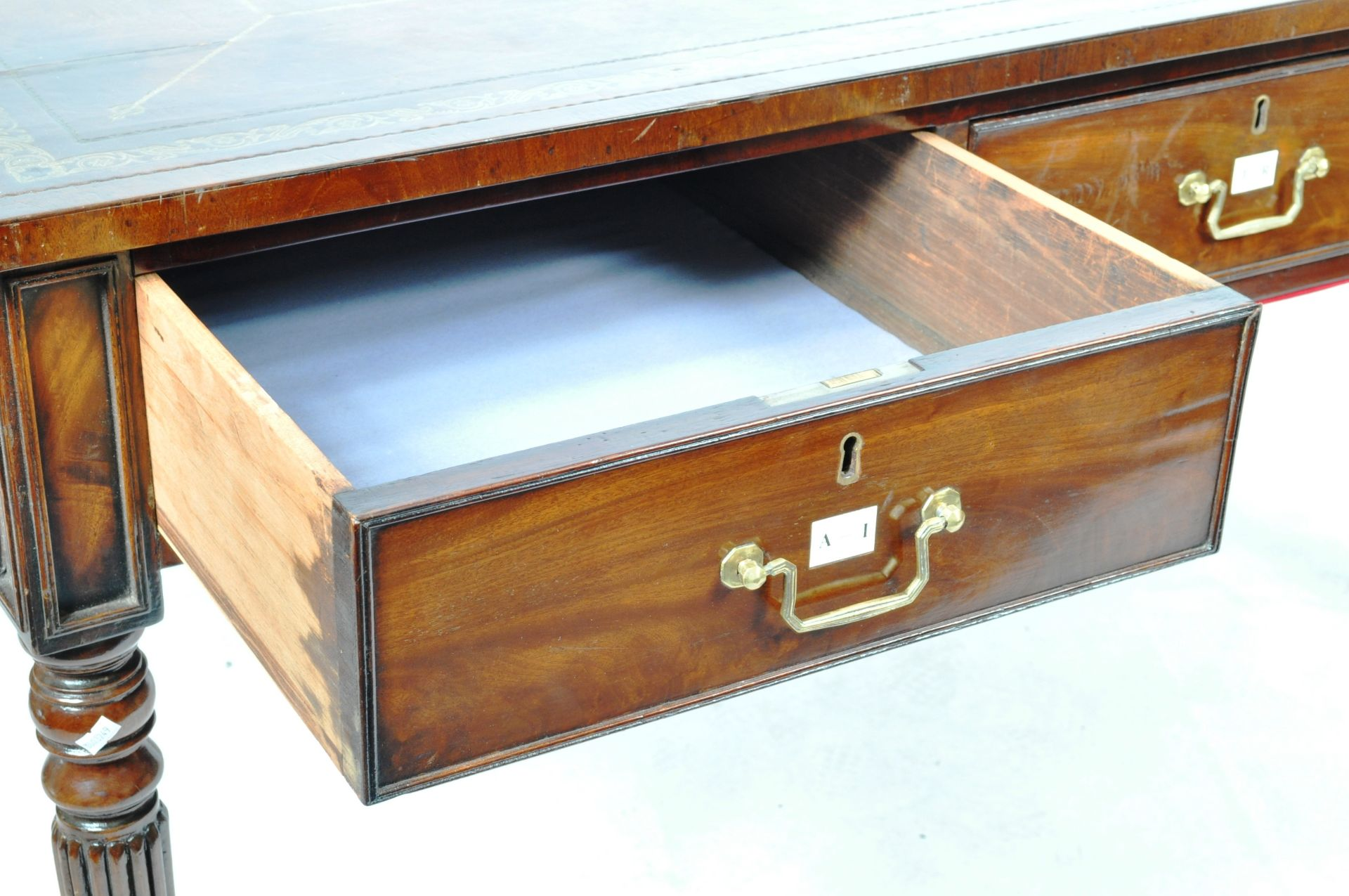 ANTIQUE 19TH CENTURY GILLOWS MANNER PARTNERS DESK LIBRARY TABLE - Image 5 of 9