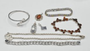 COLLECTION OF STAMPED 925 SILVER LADIES JEWELLERY.