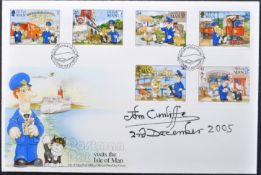 POSTMAN PAT - JOHN CUNLIFFE - AUTOGRAPHED FIRST DAY COVER
