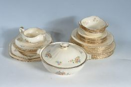 1940'S 31 PIECES ALFRED MEAKIN DINNER SERVICE