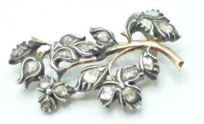 19TH CENTURY ANTIQUE DIAMOND SET FLOWER BROOCH