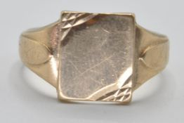 1970'S 9CT GOLD SIGNET RING