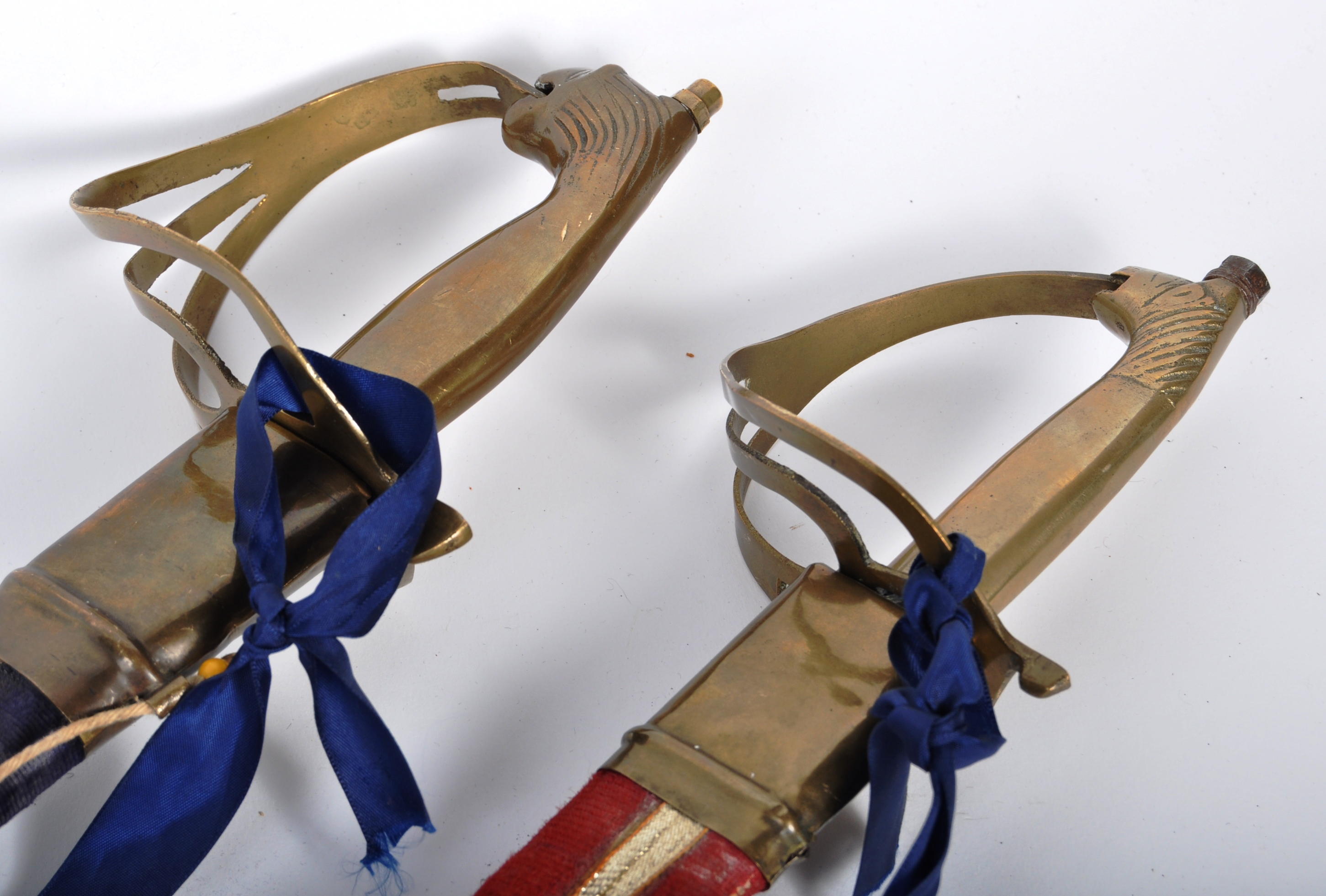 PAIR OF EARLY 20TH CENTURY INDIAN CAVALRY SWORDS - Image 9 of 9