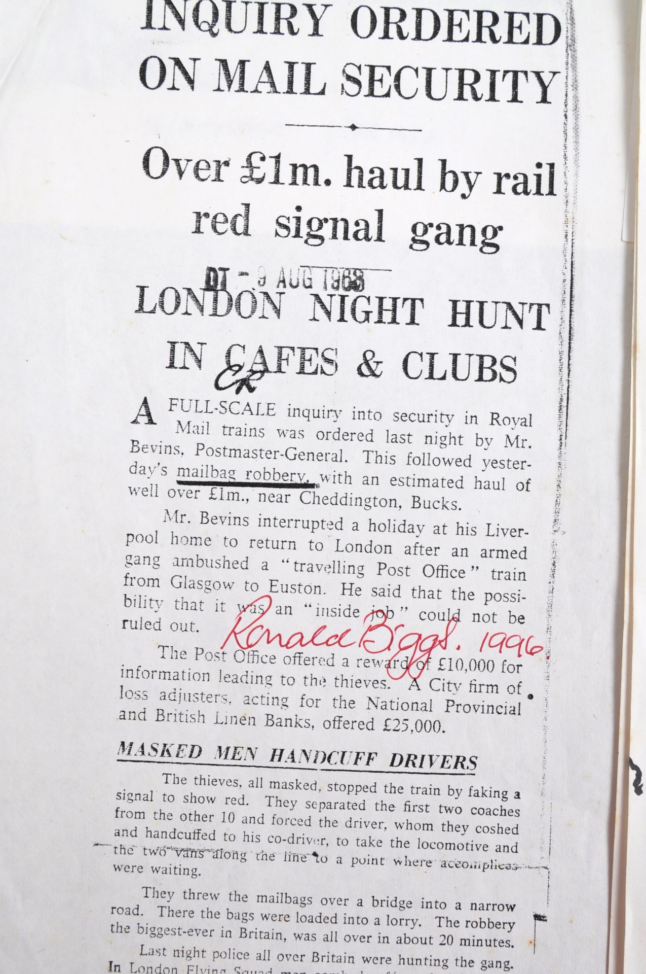 THE GREAT TRAIN ROBBERY - FROM A PRIVATE COLLECTION - Image 5 of 7